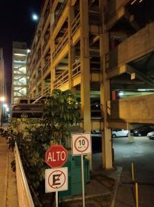 Edificio de estacionamientos, límite de velocidad